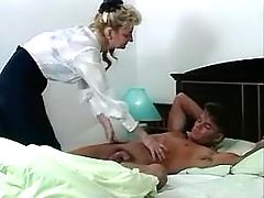 Blond mom likes to blow