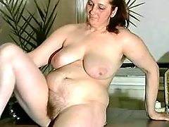 Fat mom enjoys sex game