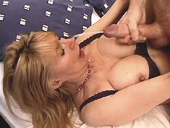 Mom gets cum after fuck